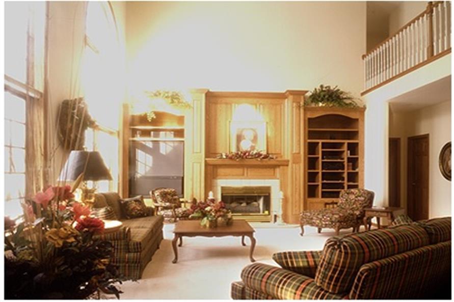 101-1045: Home Interior Photograph