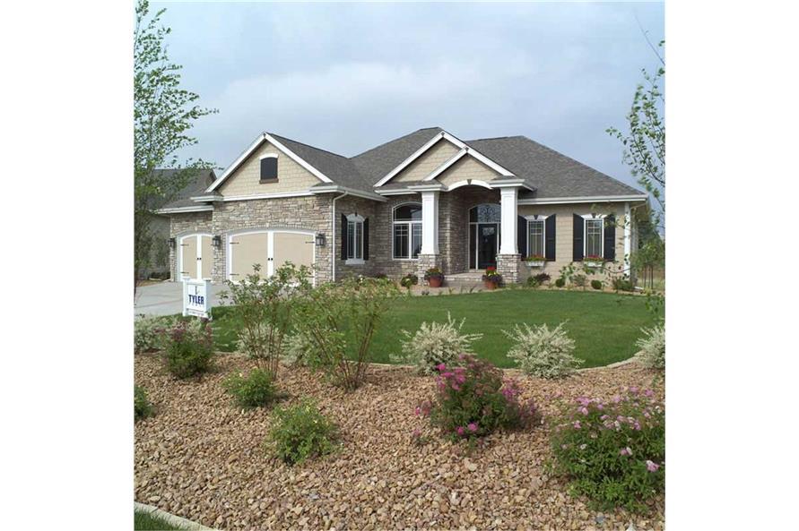 101-1336: Home Exterior Photograph-Landscaping: Garden