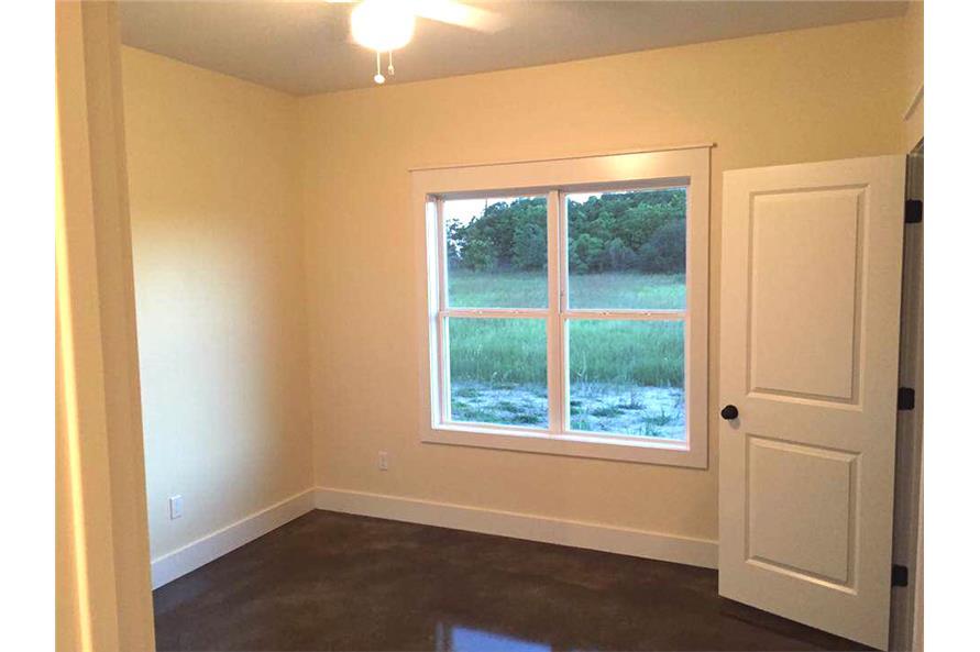 106-1313: Home Interior Photograph-Bedroom