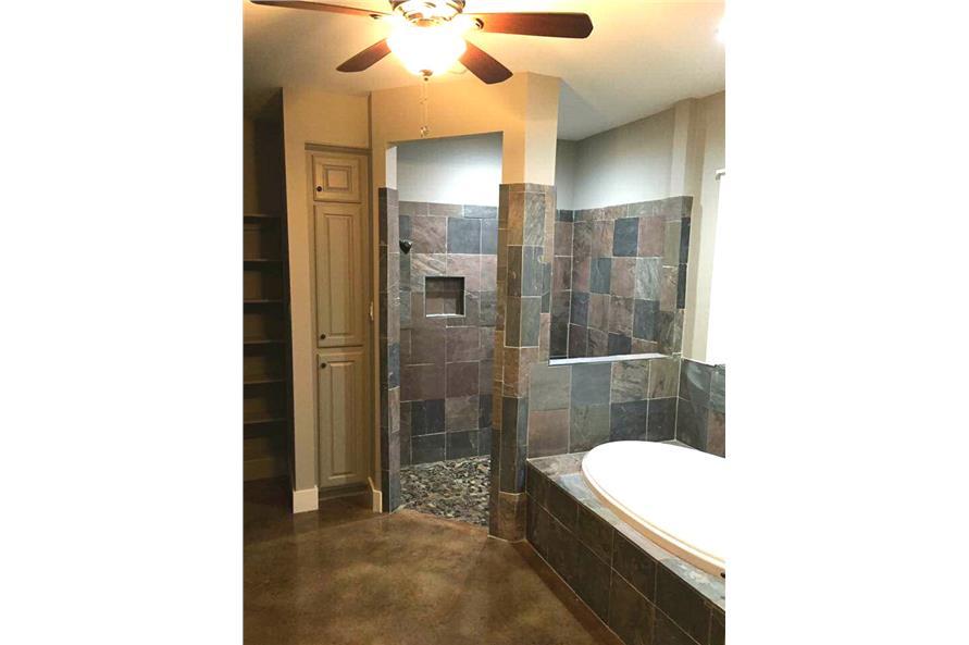 106-1313: Home Interior Photograph-Master Bathroom