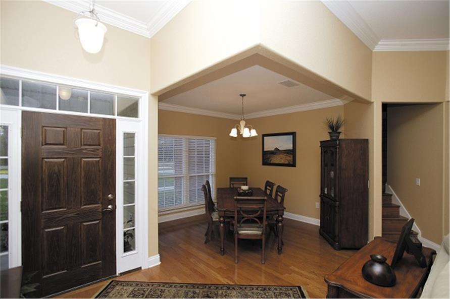 109-1086 house plan foyer