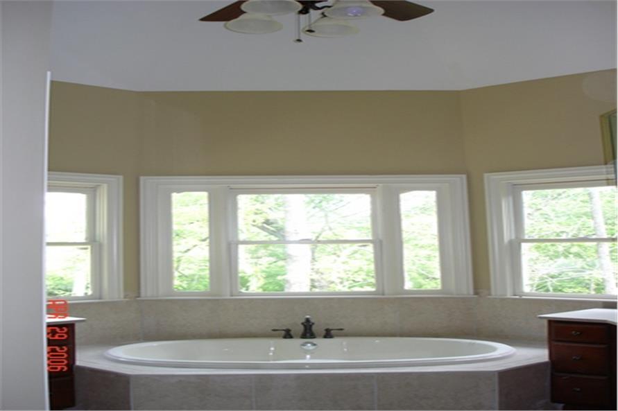 109-1103 house plan master bath