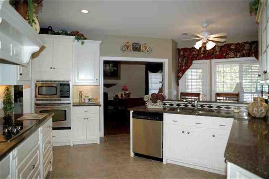 109-1112 house plan kitchen 2nd view