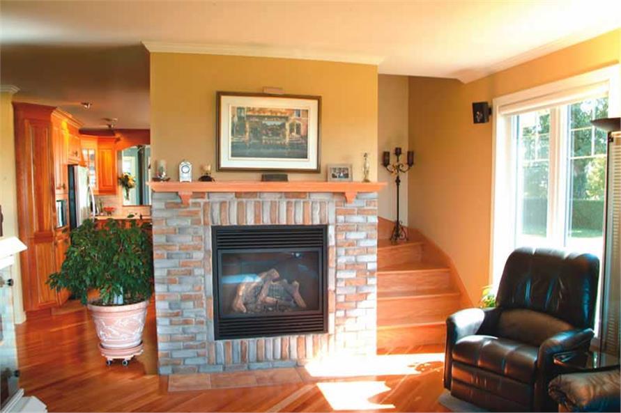 126-1385: Home Interior Photograph-Family Room