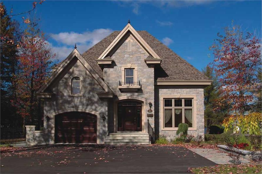 126-1421: Home Exterior Photograph