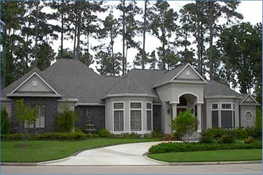 Front elevation of Luxury home (ThePlanCollection: House Plan #134-1270)