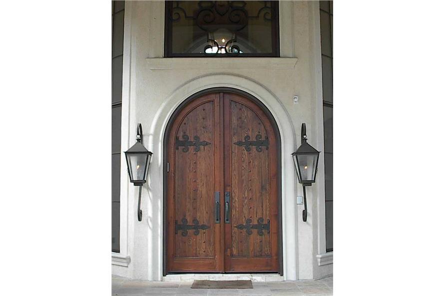 134-1355: Home Exterior Photograph-Front Door