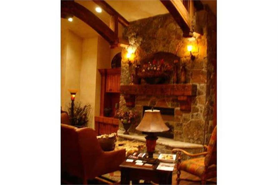 House Plan VH-R3102b Photograph