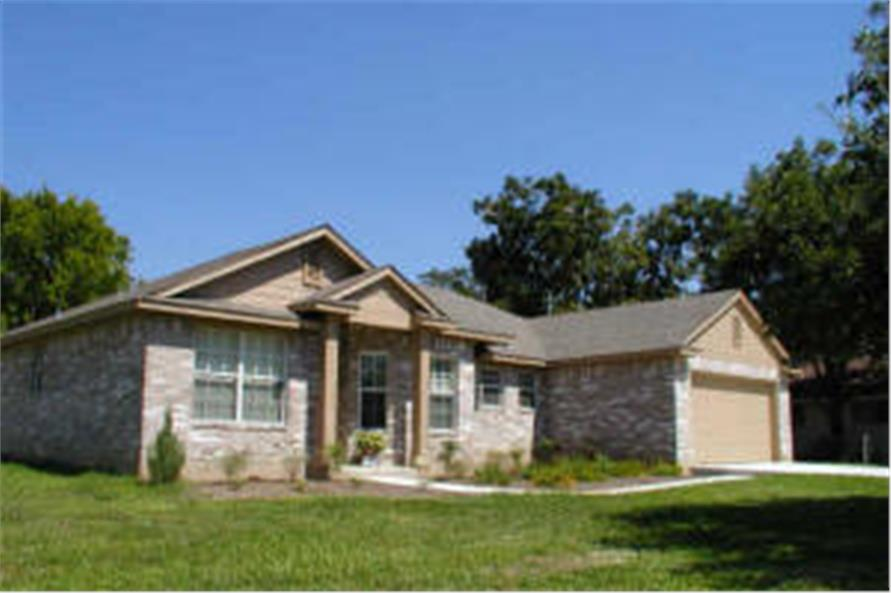 136-1013 house plan front photo
