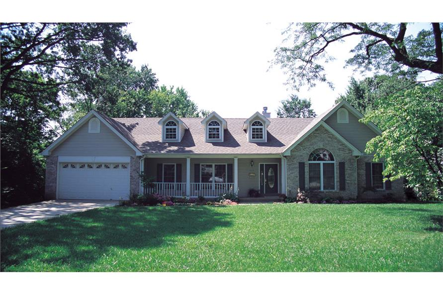 Front elevation of Ranch home (ThePlanCollection: House Plan #138-1041)
