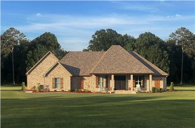 3-Bedroom, 2587 Sq Ft French House Plan - 140-1108 - Front Exterior