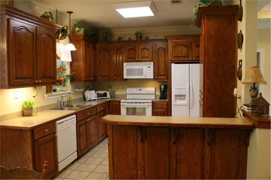 141-1141: Home Interior Photograph-Kitchen