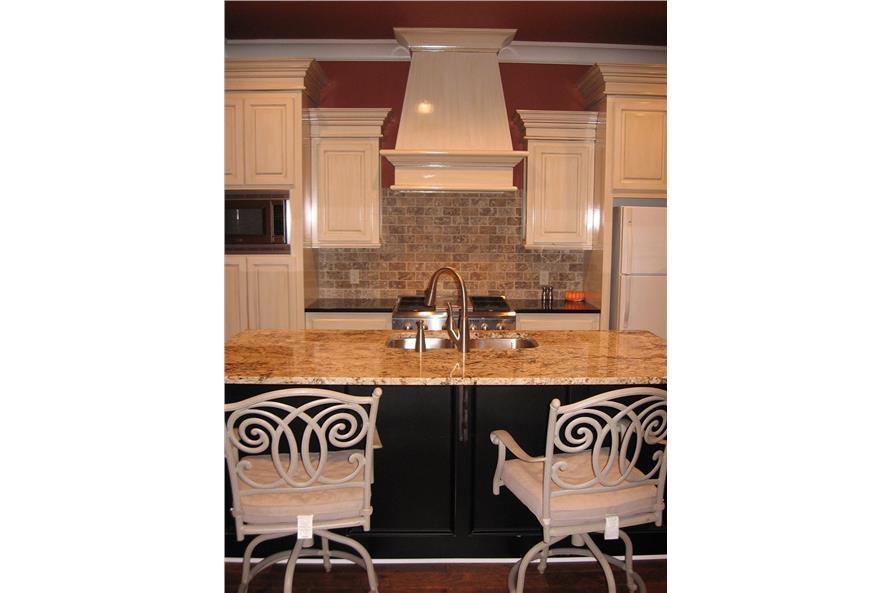 142-1045 kitchen view 2