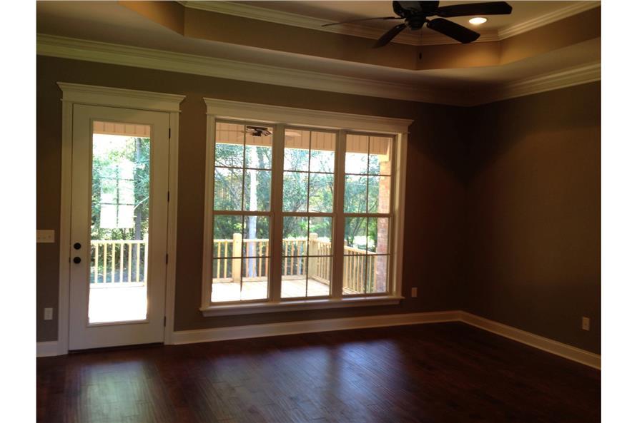 142-1087: Home Interior Photograph-Living Room