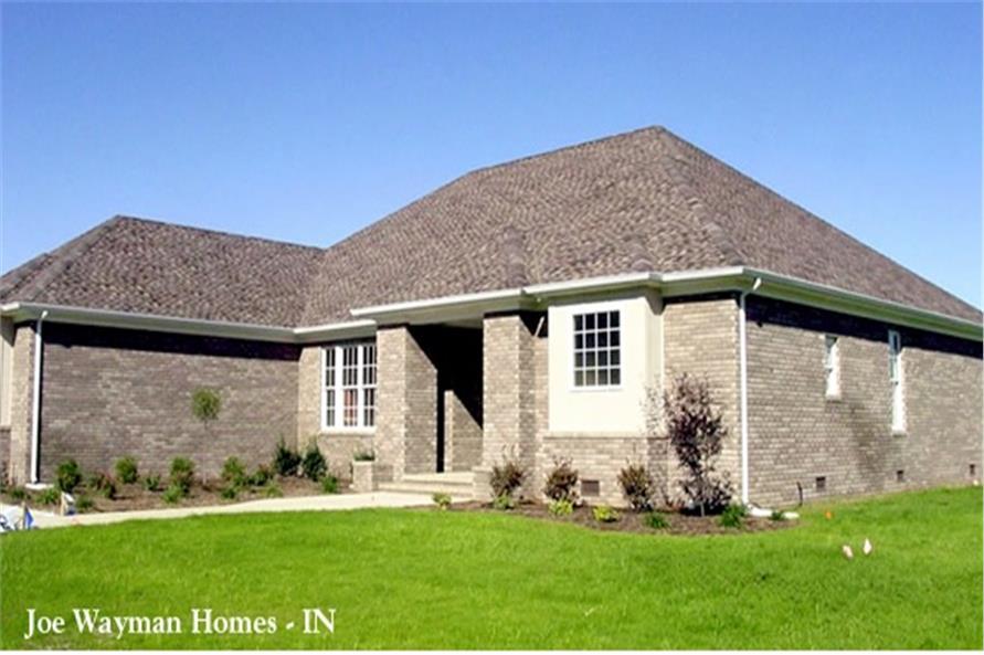 153-1209: Home Exterior Photograph
