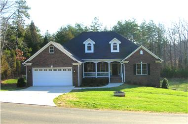4-Bedroom, 1965 Sq Ft Country Home Plan - 153-1440 - Main Exterior
