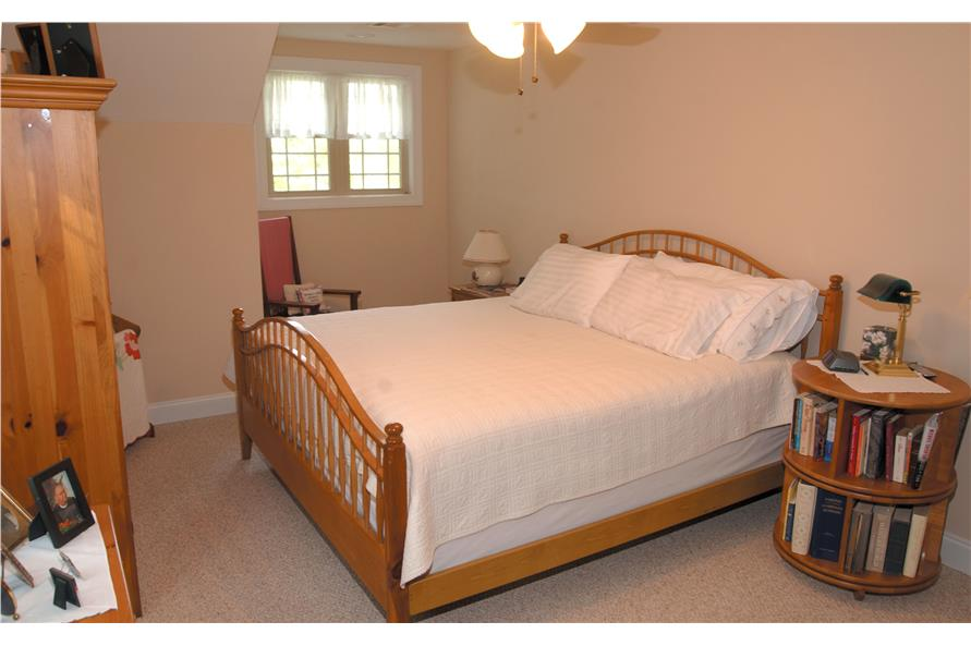 153-1871: Home Interior Photograph-Bedroom