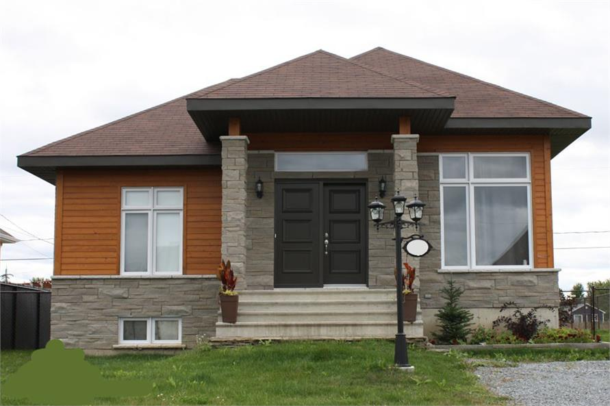 158-1279: Home Exterior Photograph-Front Door