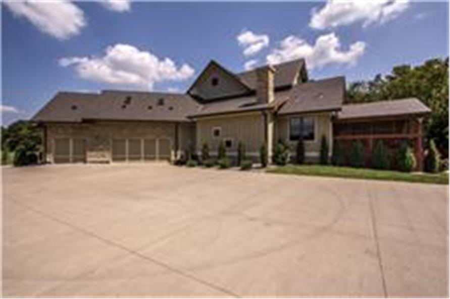 161-1003: Home Exterior Photograph-Garage