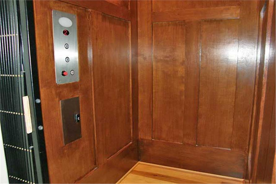 163-1047: Home Interior Photograph