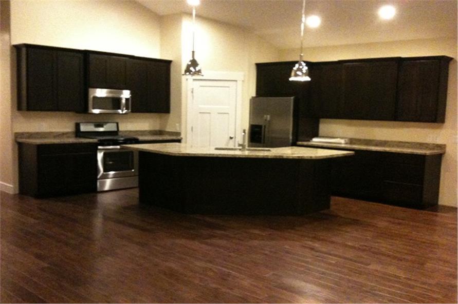 187-1003: Home Interior Photograph-Kitchen
