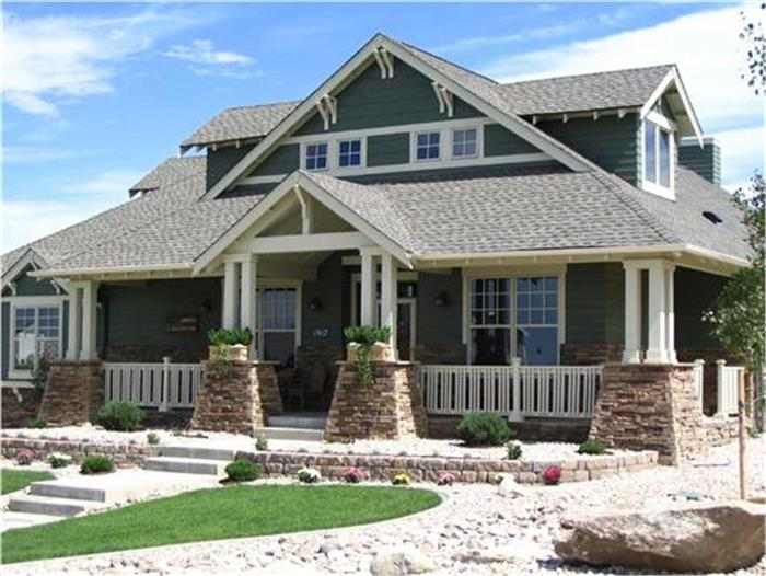 Bungalow style home with hints of Arts & Crafts influences
