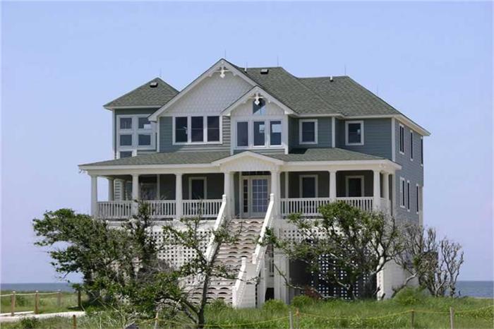 Beachfront luxury home